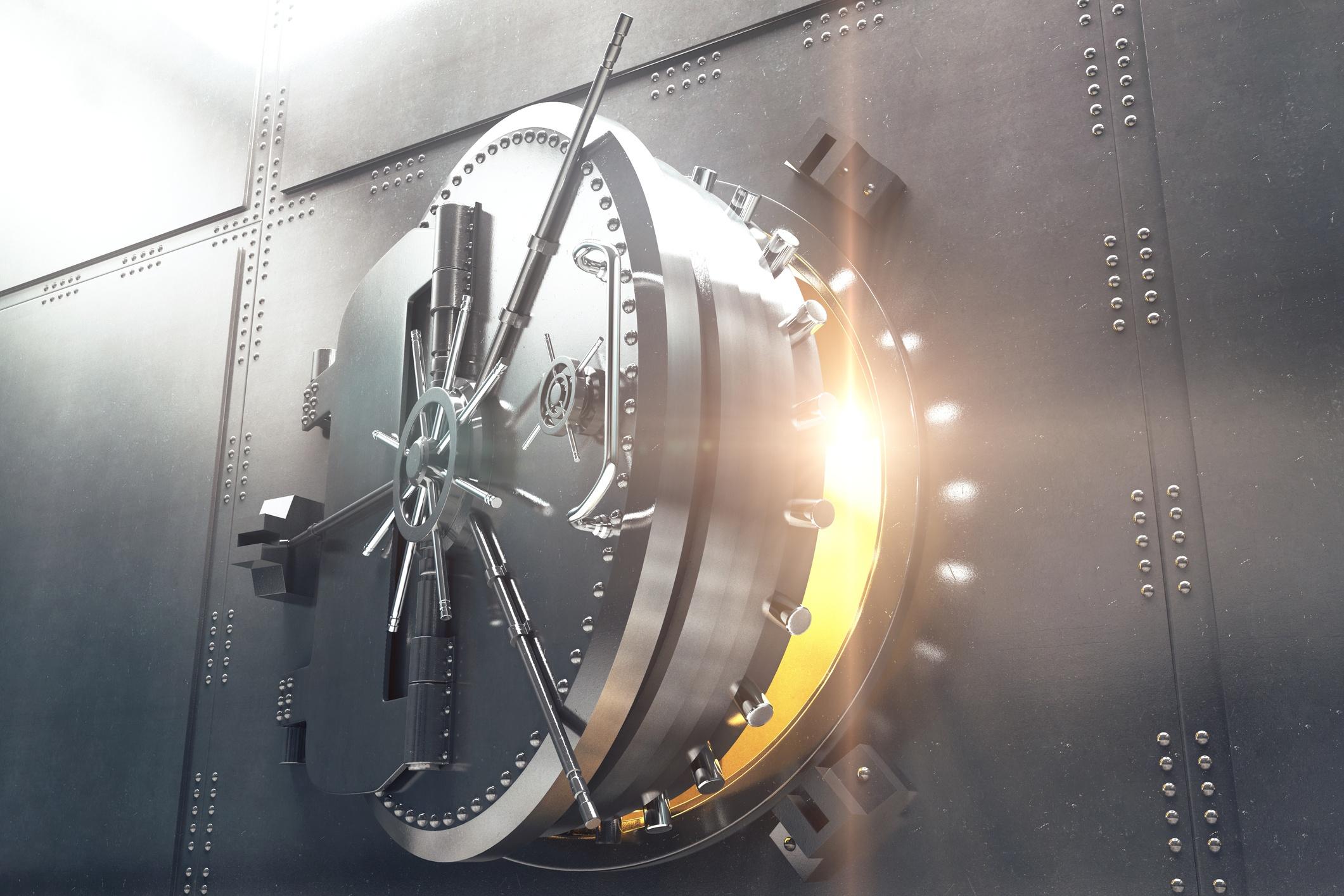 bank vault_520885672